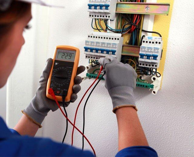 Техническое обслуживание электрических сетей: специалисты знают все нюансы