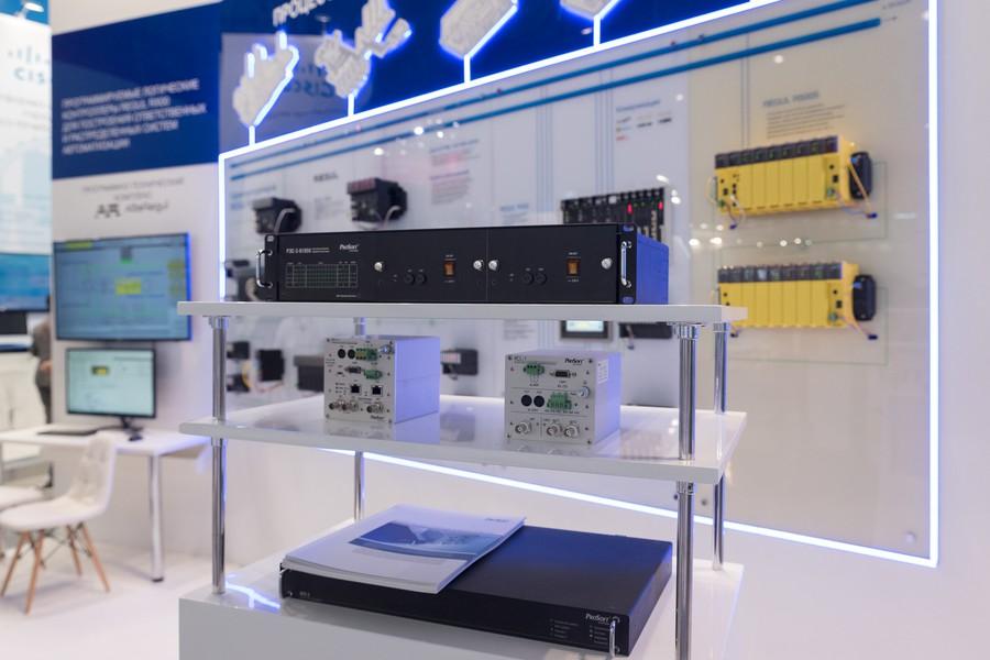 Программируемый логический контроллер REGUL R600