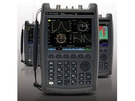 2TEST поставляет ручные анализаторы СВЧ Keysight FieldFox с анализом коэффициента шума в полевых условиях
