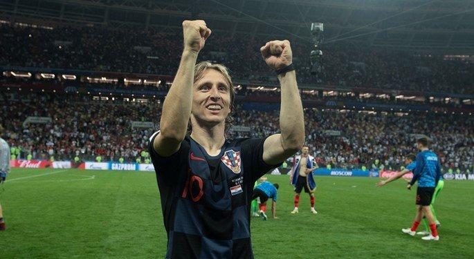 Кто станет футболистом года: ФИФА назвала 10 претендентов