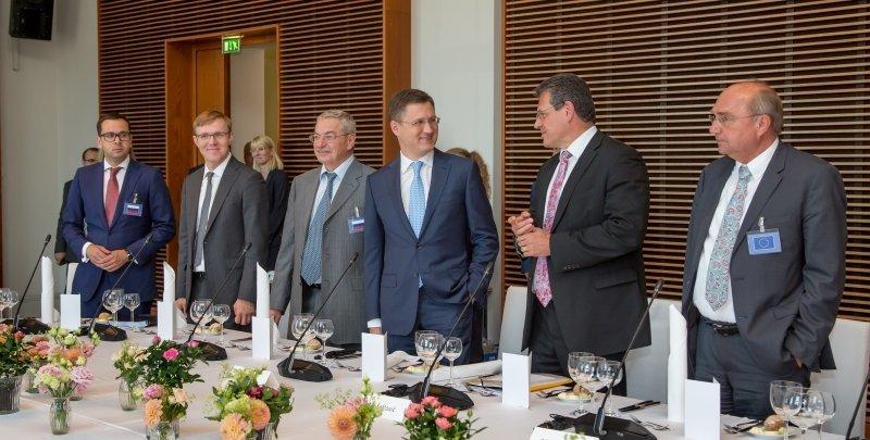 Первые трехсторонние переговоры по газу: эксперты должны подготовить дорожную карту