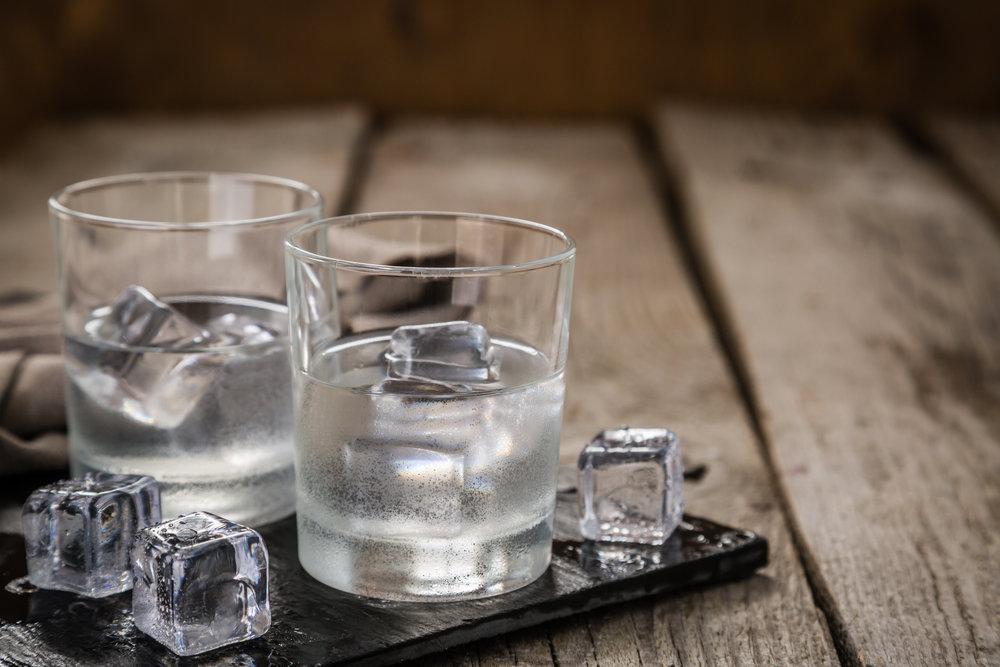 Сколько украинцы тратят на алкоголь и табак