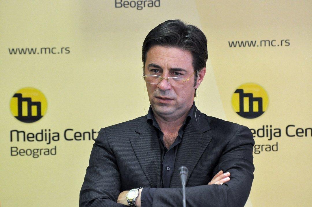 В Белграде застрелили бывшего адвоката сербского диктатора Милошевича
