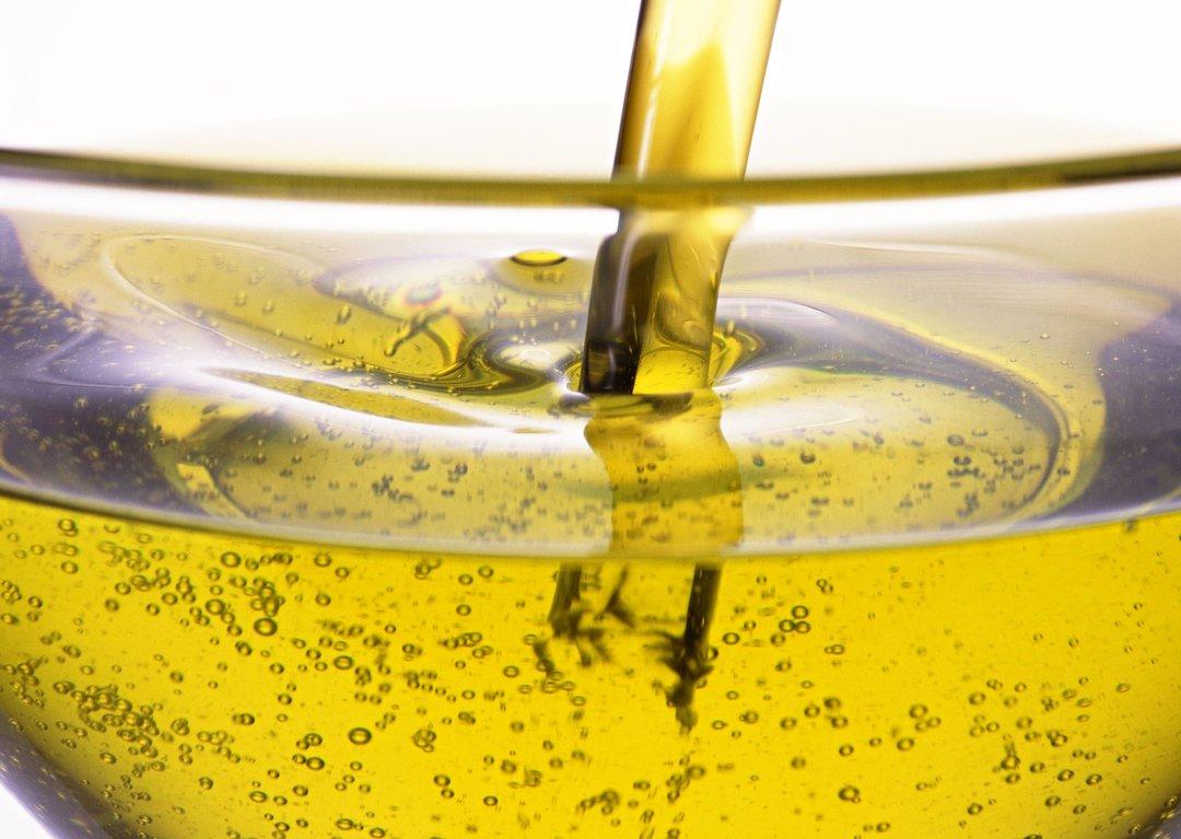 Украина сократила экспорт подсолнечного масла на 9% — данные за первое полугодие 2018