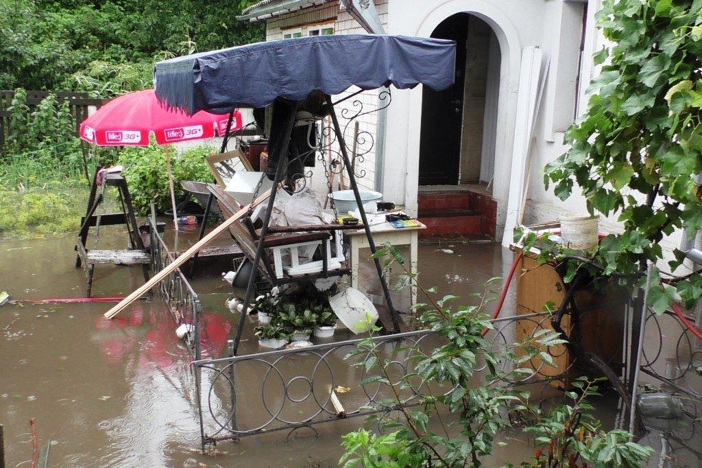 В Чернигове ливень затопил насосную станцию