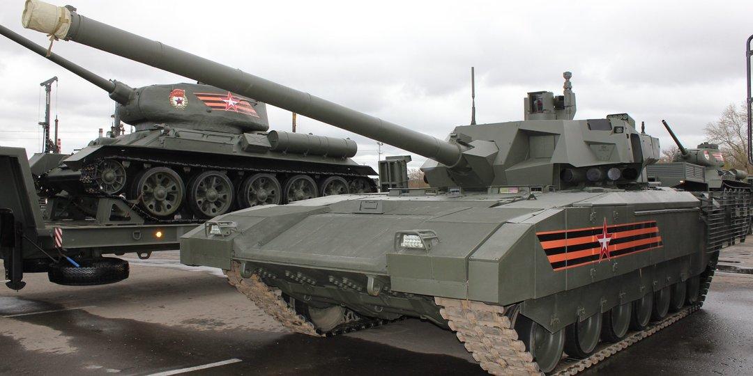 """В России пояснили, почему не будут заказывать новый танк """"Армата"""""""
