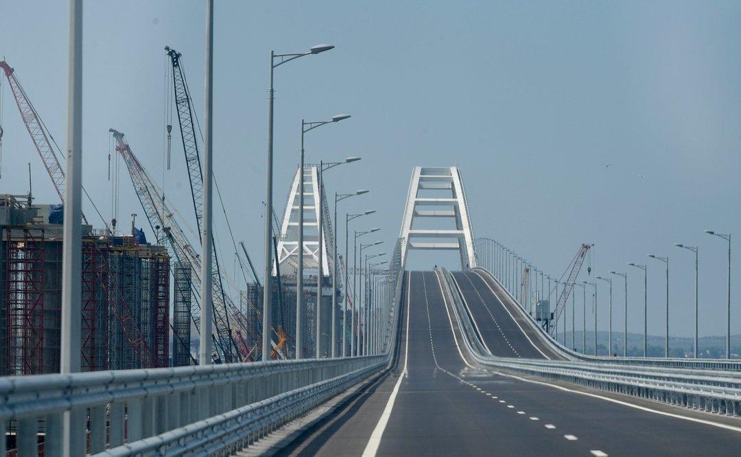 За строительство Керченского моста ввели санкции против шести россиян