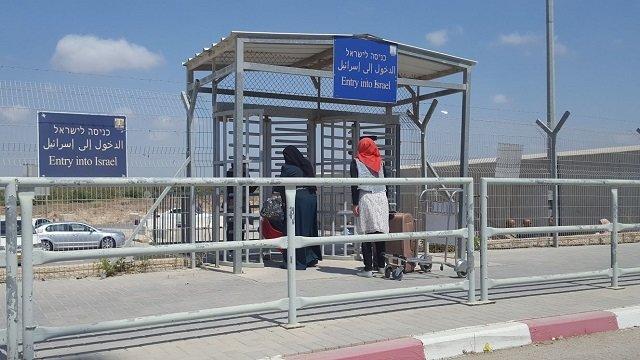 Израиль закрыл единственный пункт пропуска на границе с сектором Газа