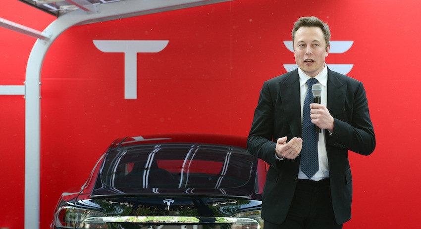 Маск передумал выкупать акций Tesla