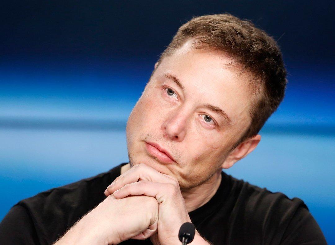 Tesla завершил квартал с рекордным убытком в более чем $500 млн