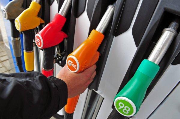В Москве поднялся ценник на бензин