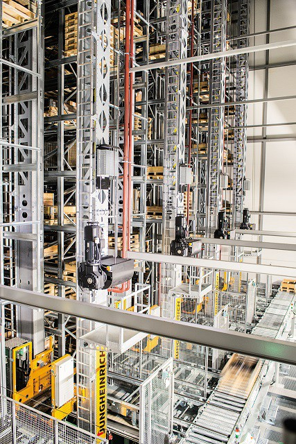 Jungheinrich представит проект по автоматизации склада ИКЕА в России на форуме «СеМАТ Russia 2018»
