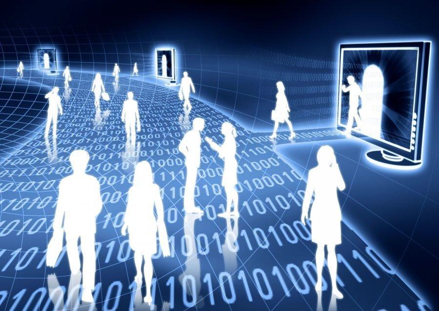 Откуда украинцы получают информацию: ТВ, интернет, друзья