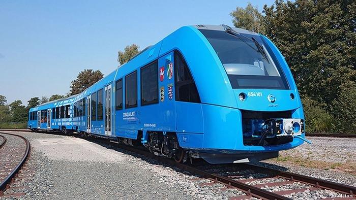 Поезд на водородном топливе выполнил первый рейс
