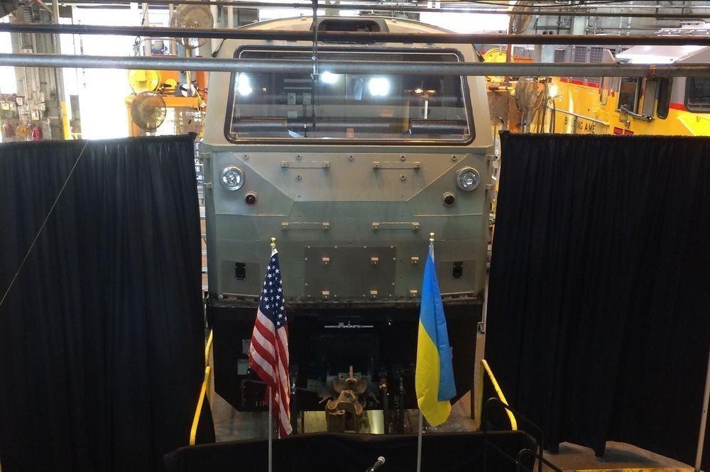 Сегодня в Украину прибудет первый тепловоз General Electric
