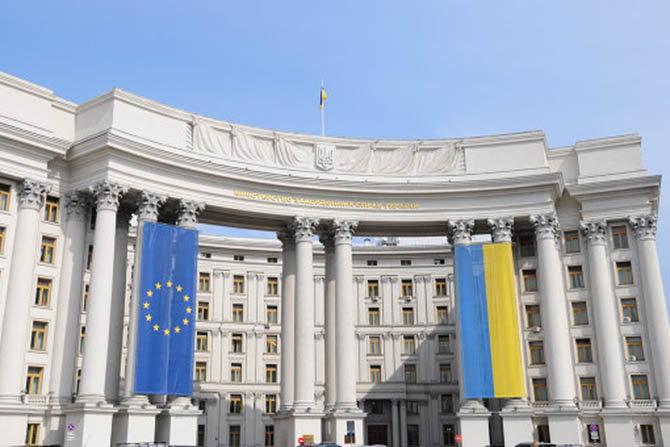 Великобритания обвинила РФ в дезинформации по делу Скрипалей, Украина поддержала обвинение