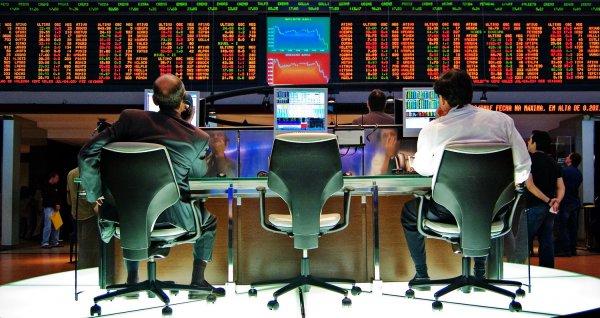 Лондон намерен запретить биржевую торговлю российскими бумагами