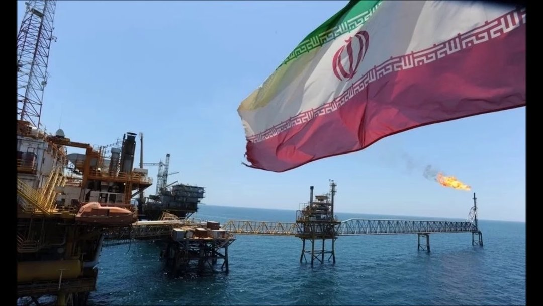 Китай отказался от иранской нефти — WSJ