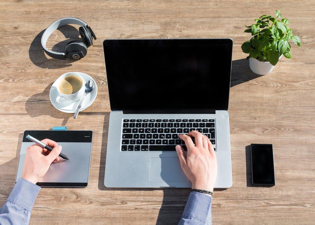 Не айфоном единым: как повысить эффективность бизнеса с решениями от Apple