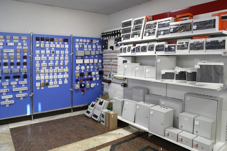 Кабели и провода поступают в магазин напрямую с завода, что гарантирует потребителю низкие цены, высокое качество продукции и соответствие требованиям ГОСТ.