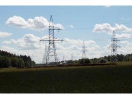 Энергетики «МОЭСК» установили опоры и заменили провод на ЛЭП «Ново-Софрино-Трубино»