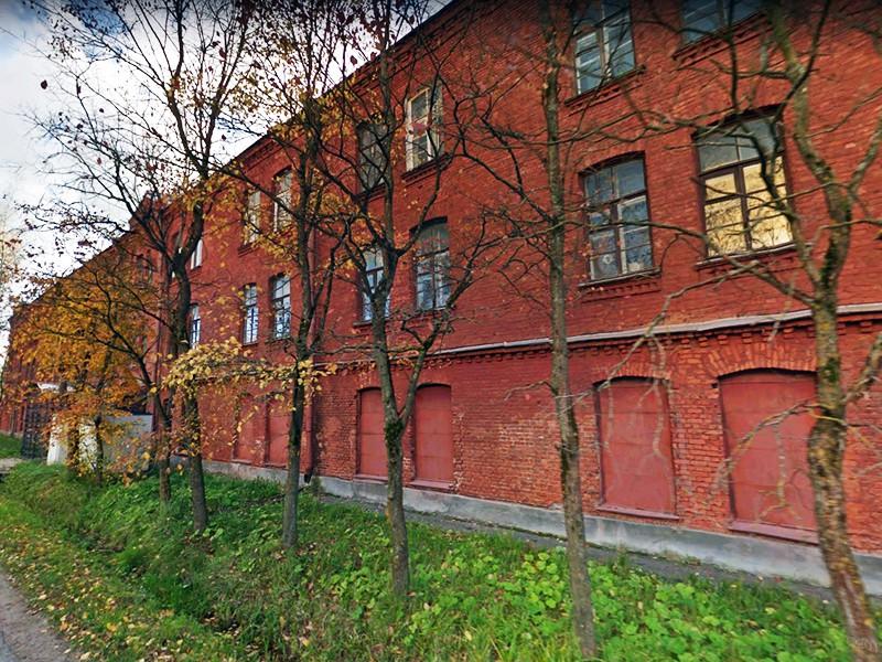 «Аварит» решил проблему обледенения кровли и водостоков на историческом объекте в Петергофе
