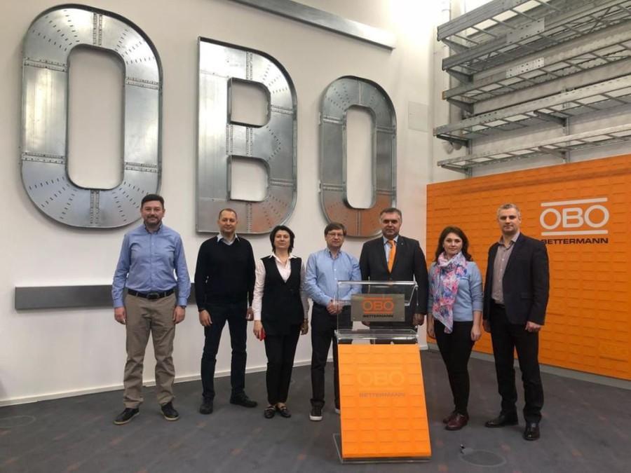 Специалисты «Уралэнерго» побывали на заводе OBO Вettermann group в Германии