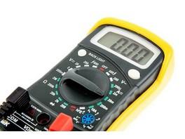 ELECTROFF проводит акцию «Выгодный курс» на ассортиментный ряд мультиметров и отверток-пробников IEK Home®