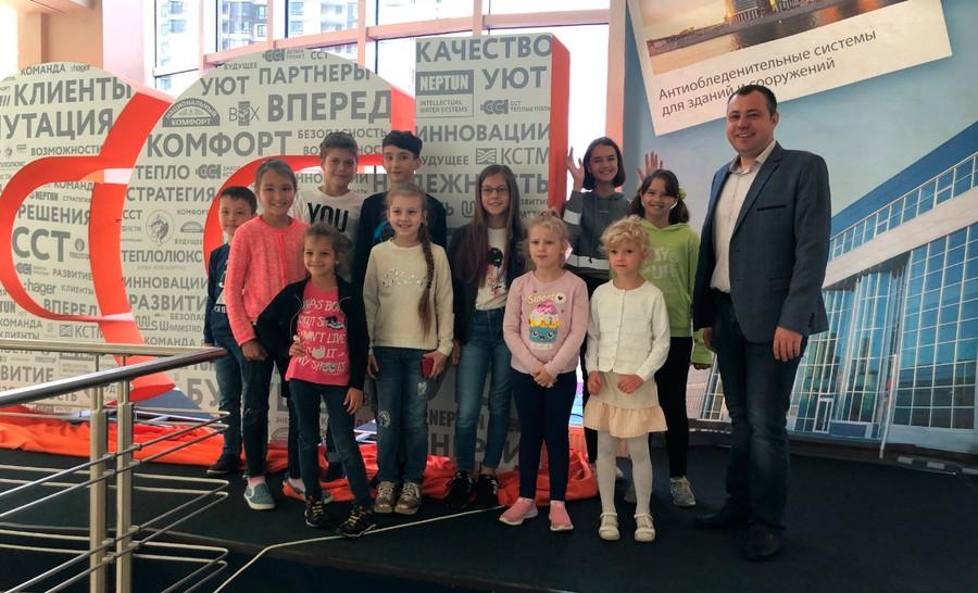 ГК «ССТ» провела экскурсию по производству для детей сотрудников своего инжинирингового подразделения «ССТэнергомонтаж»