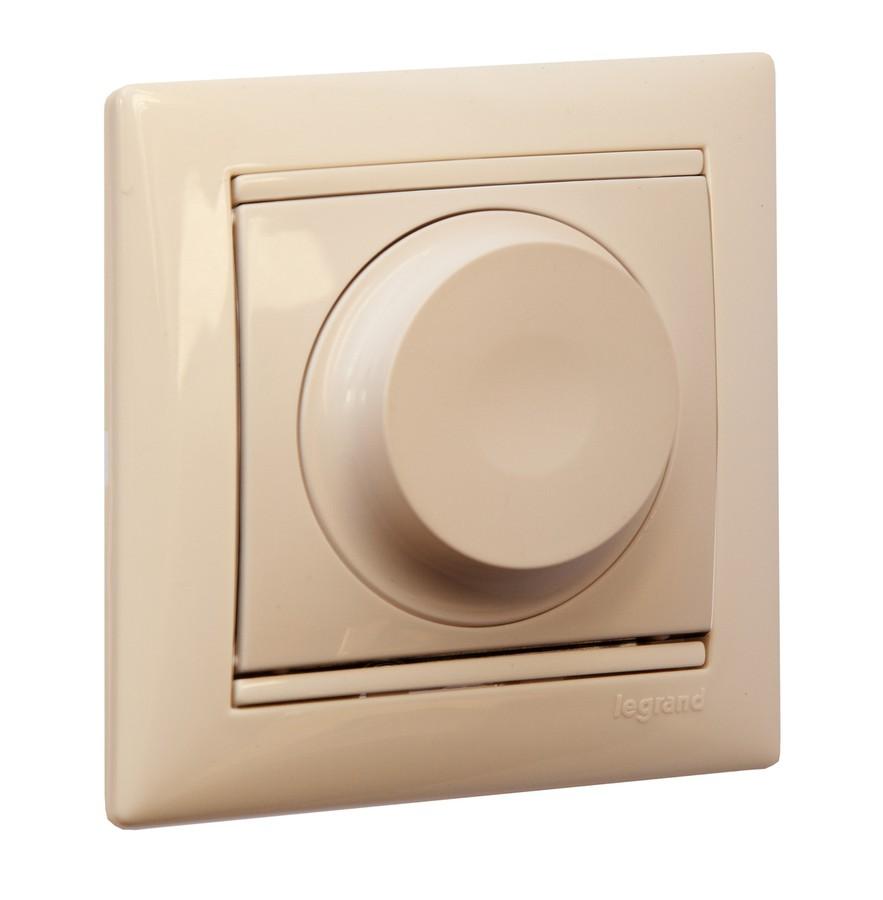 Функции «плавного включения» и «плавного отключения» помогают продлить срок службы ламп