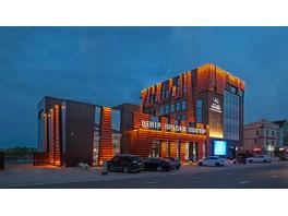 Янтарный цвет для освещения офисного здания «ЮгСтройИмпериал»