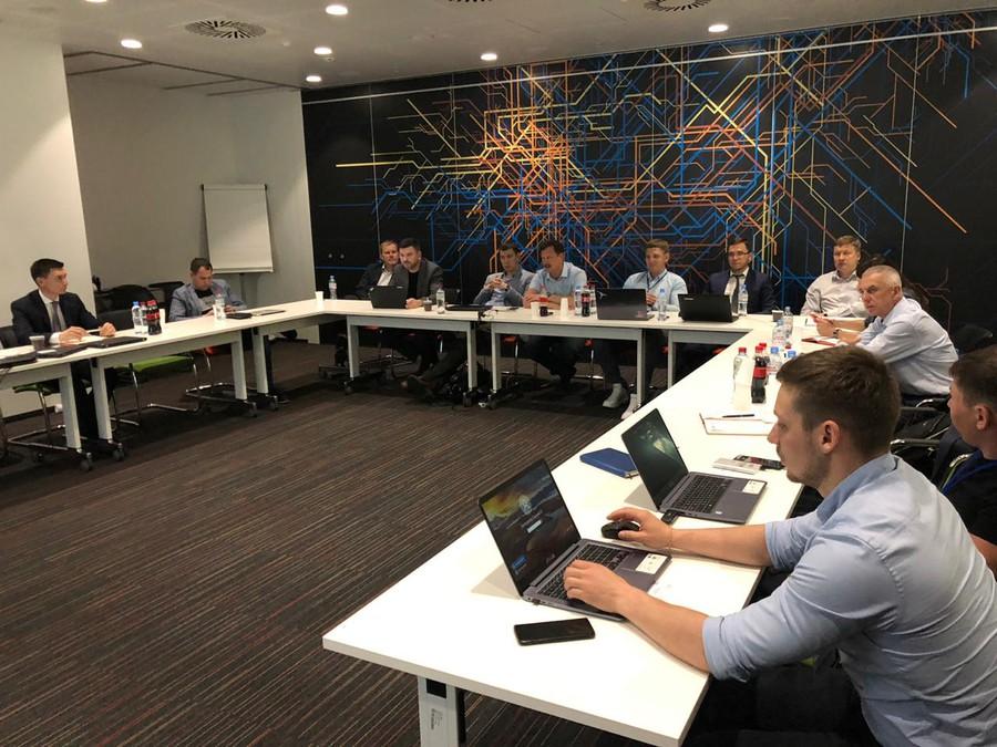 Круглый стол стал первой встречей на высшем уровне для определения векторов работы и развития по новому направлению (ABB RM)
