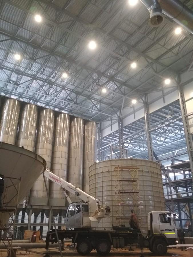 На заводе «Грани Таганая» завершилось внедрение системы освещения с использованием светильников High Bay от LEDVANCE