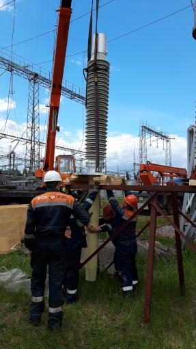 Монтаж первого в России ввода 252 кВ с RIN-изоляцией для опытно-промышленной эксплуатации