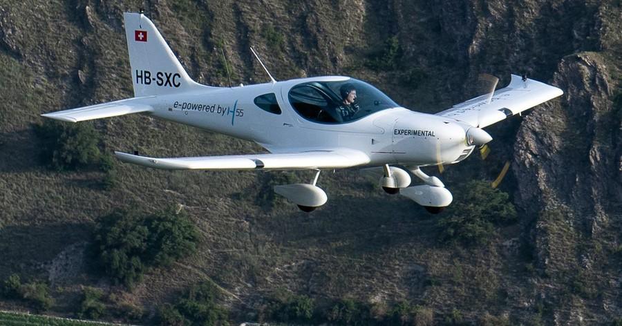 Электрический самолёт прошёл испытания в Швейцарии