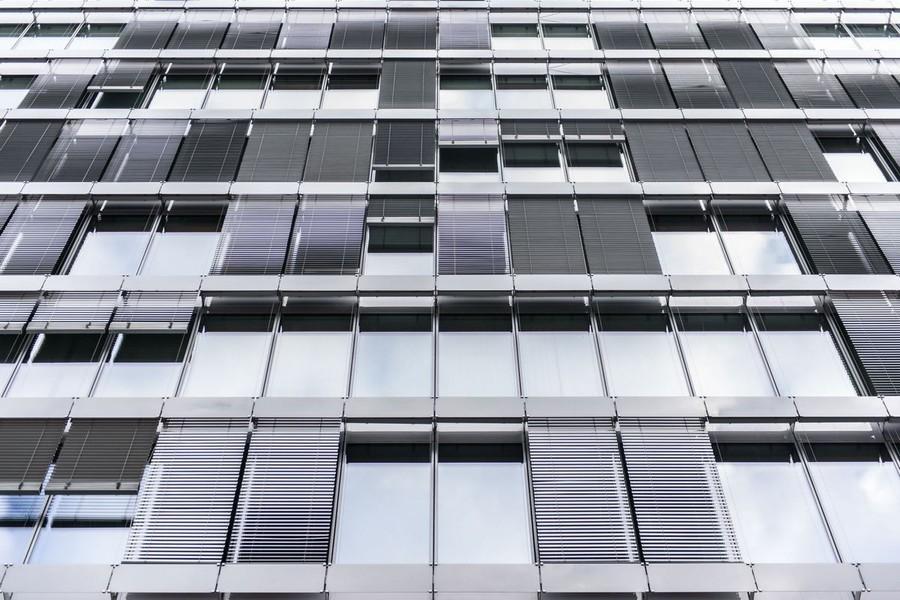 Панели на жалюзи здания