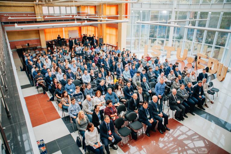 «Изолятор» принял участие в конференции «Электроэнергетика глазами молодежи 2019»